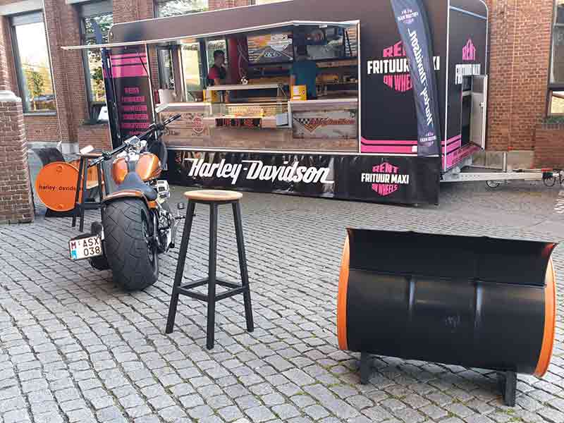 Frituur Maxi on Wheels Foodtruck Harley Davidson 01